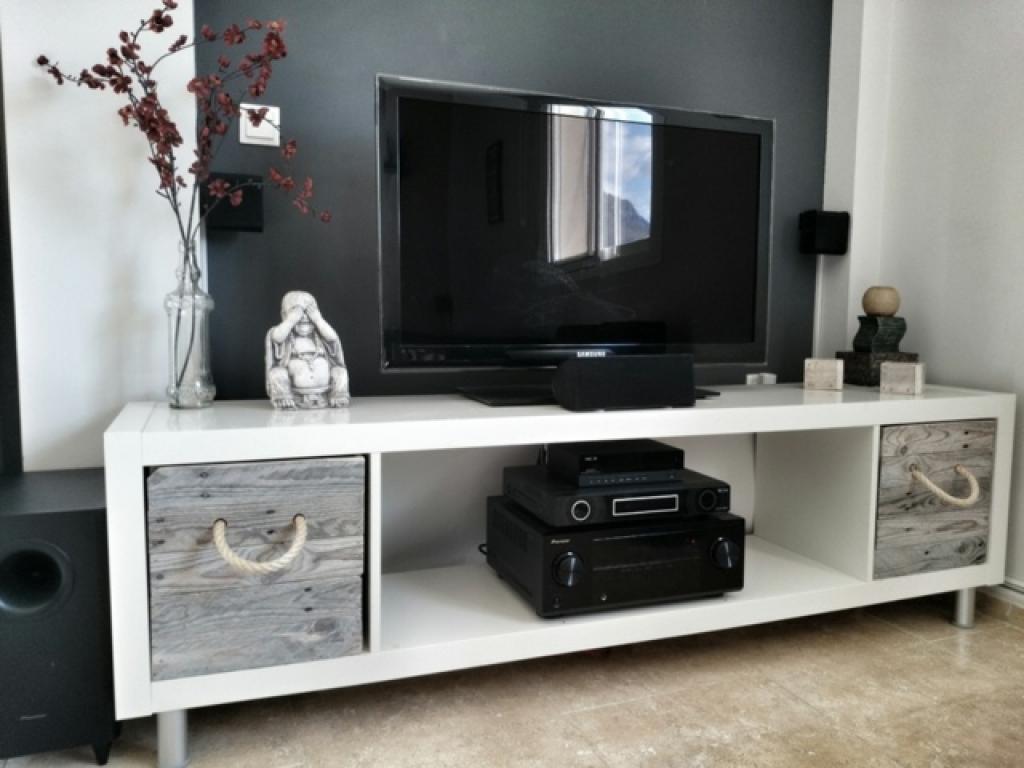 1 Mod Le D Tag Re Ikea 12 Incroyables Transformations Un Meuble  # Model De Meuble Simple A La Maison