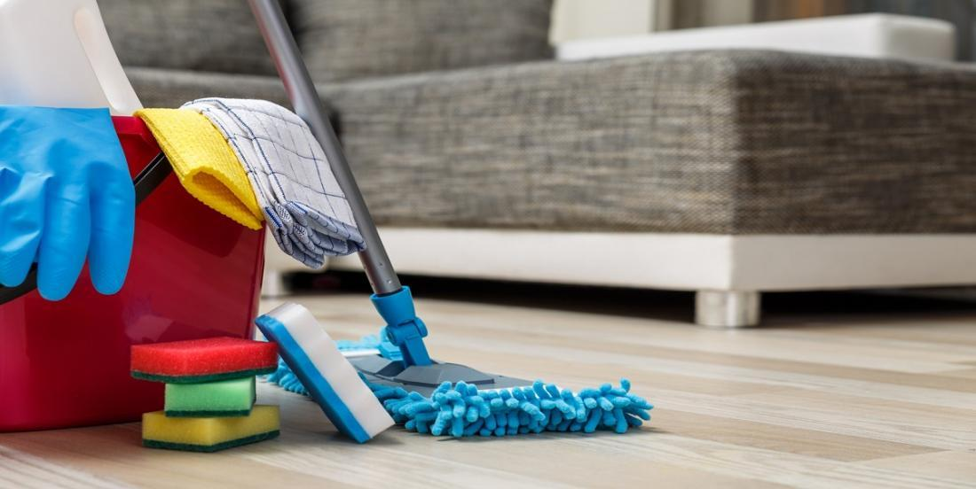 À quelle fréquence devrions-nous laver nos planchers et quelle est la bonne façon de le faire?
