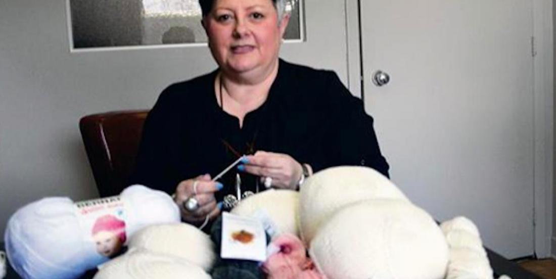 On recherche des «tricoteuses de nichons» dans les Laurentides