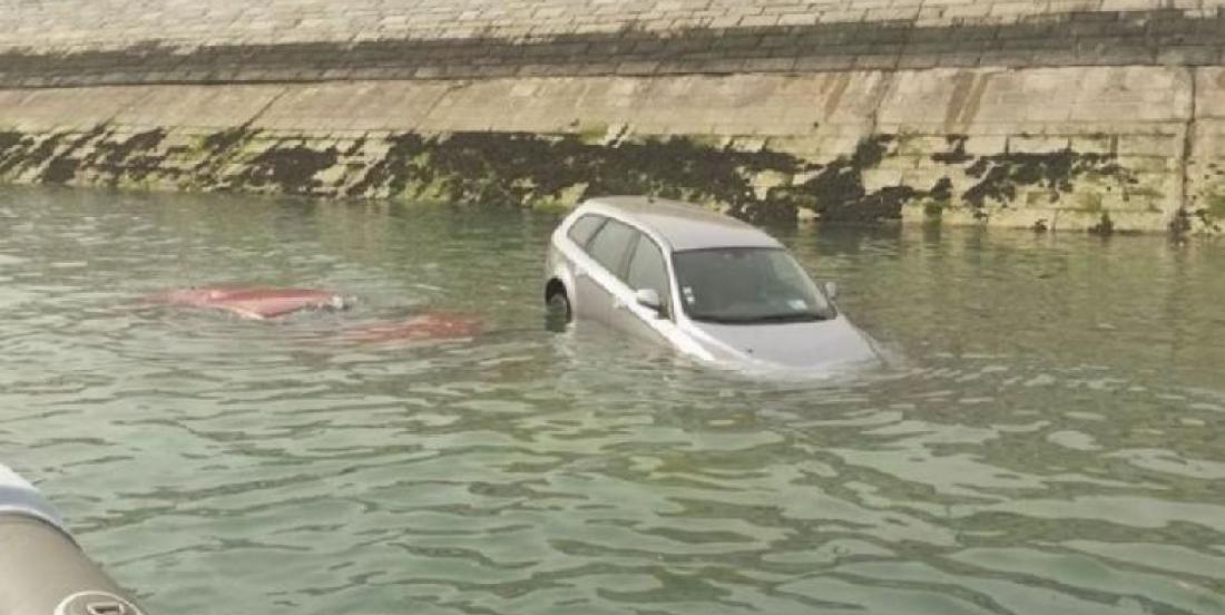 Comment briser la fenêtre d'une voiture prise dans l'eau? Ce truc pourrait sauver des vies.