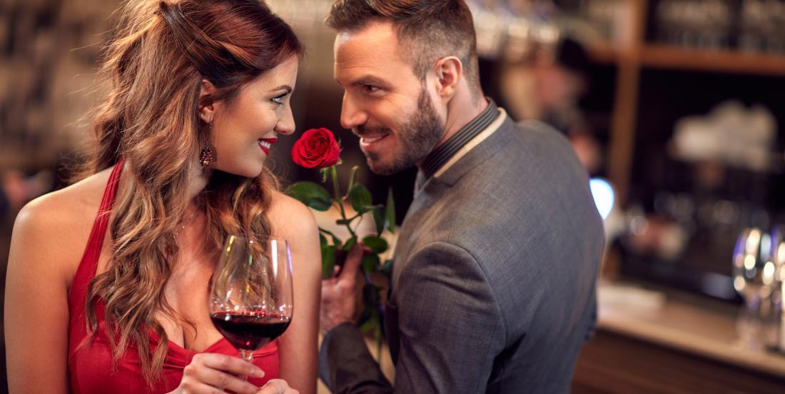 10 traits de personnalité qui font craquer les hommes