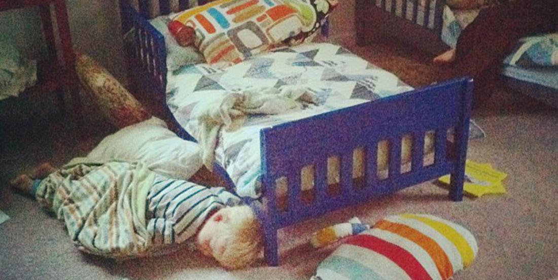 Dormez mieux, grâce à cette brillante astuce votre enfant ne tombera plus jamais en bas de son lit la nuit!