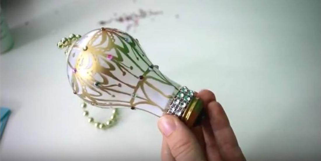 13 façons géniales de réutiliser vos déchets afin d'en faire de jolies décorations de Noël!