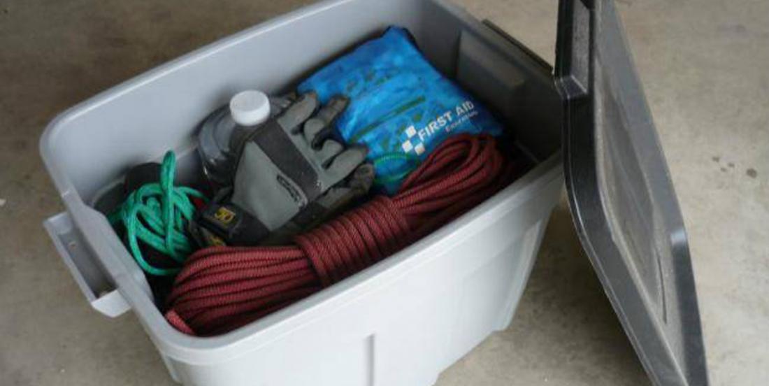 Voici ce que devrait contenir le kit de survie que vous devriez avoir dans votre voiture