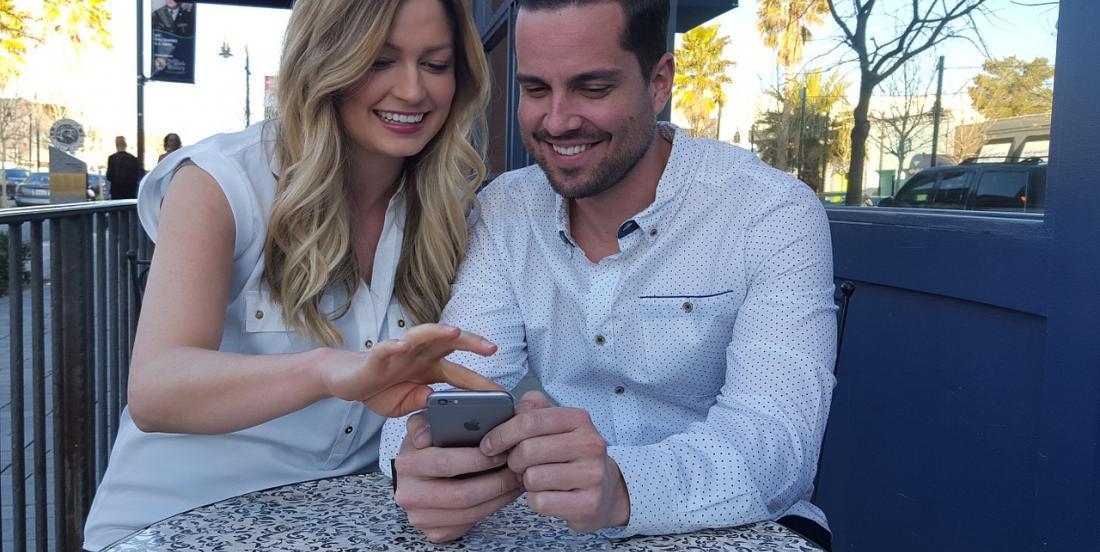 Après combien de temps devriez-vous donner le mot de passe de votre téléphone à votre partenaire?