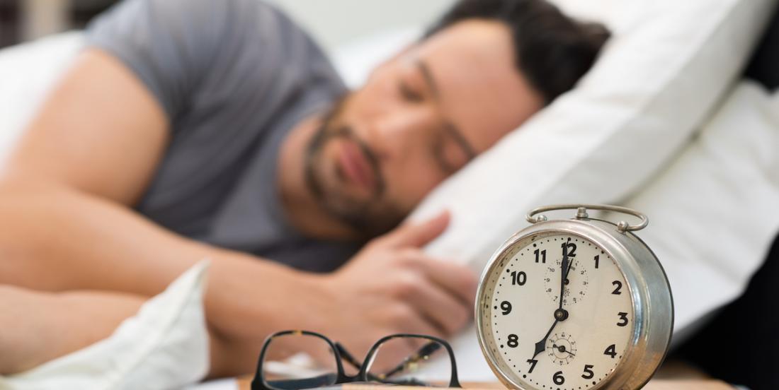 Étude: Les gens qui dorment plus de 8 heures sont plus à  risques de maladies cardiovasculaires et de mortalité