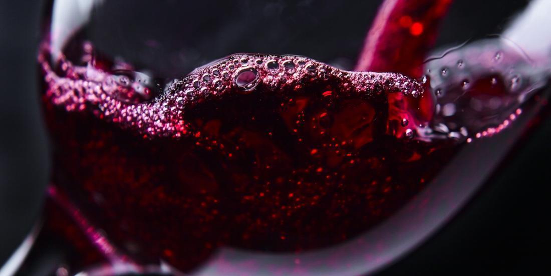 Pour une flore intestinale en santé, il faudrait boire du vin rouge!