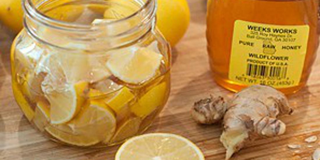 Citron, miel et gingembre: Le remède contre les rhumes et les maux de gorge