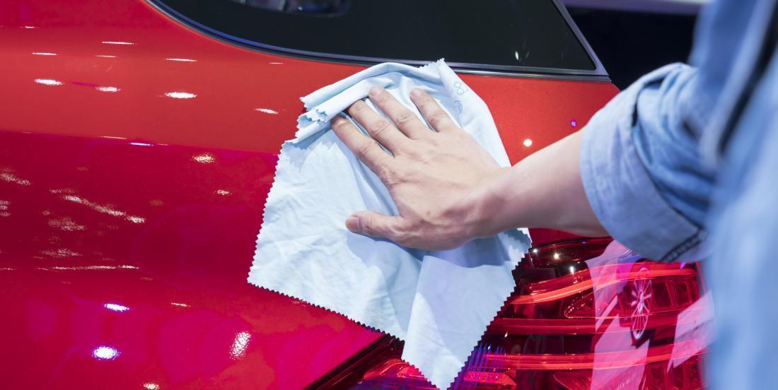 13 trucs pour garder votre voiture propre sans frotter!