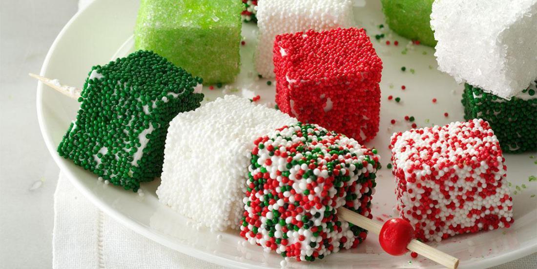 Une recette maison pour faire des guimauves de Noël!