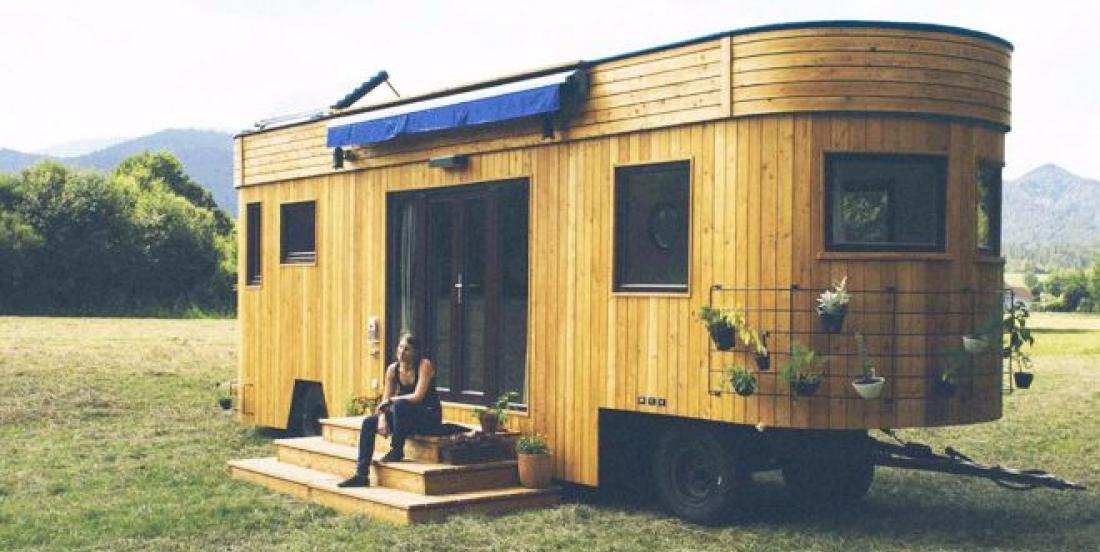 Cette mini-maison sur roues vous fera tomber sous son charme!