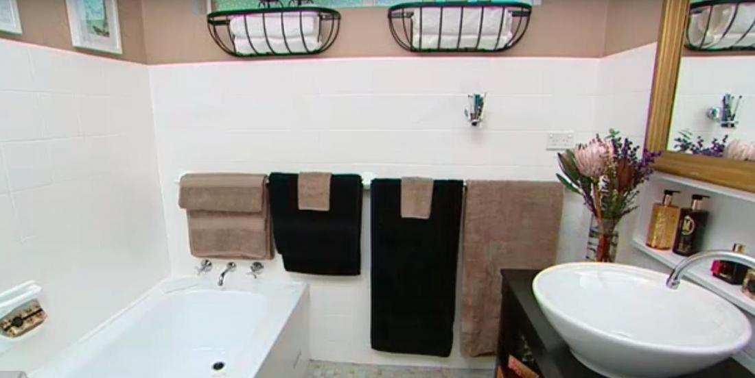 Transformez une salle de bain moche en havre de paix et de confort!