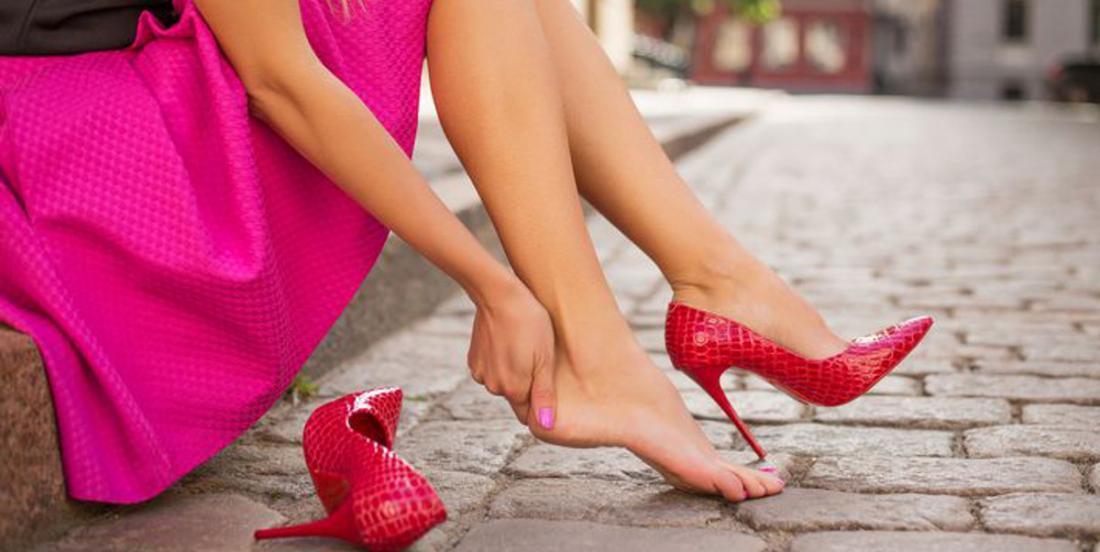 4 astuces pour agrandir ces chaussures trop petites qui vous font tant souffrir