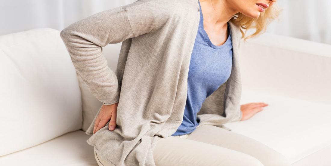9 positions de yoga qui vous aideront à soulager votre sciatique en 15 minutes ou moins