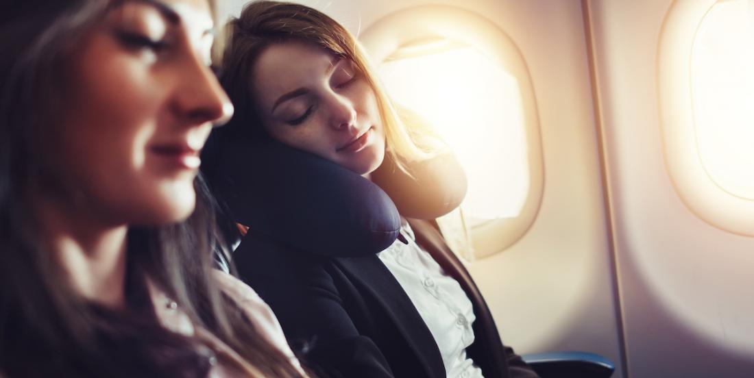 Voici comment soulager votre dos si vous voyagez en avion, en train ou en auto