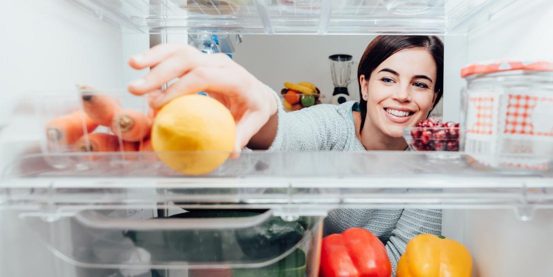 12 façons de garder votre réfrigérateur propre et en ordre