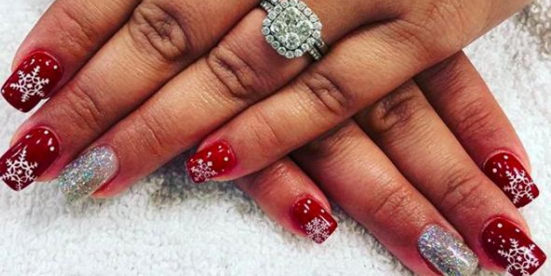 Surprenez tous vos proches en décorant vos ongles spécialement pour Noël!