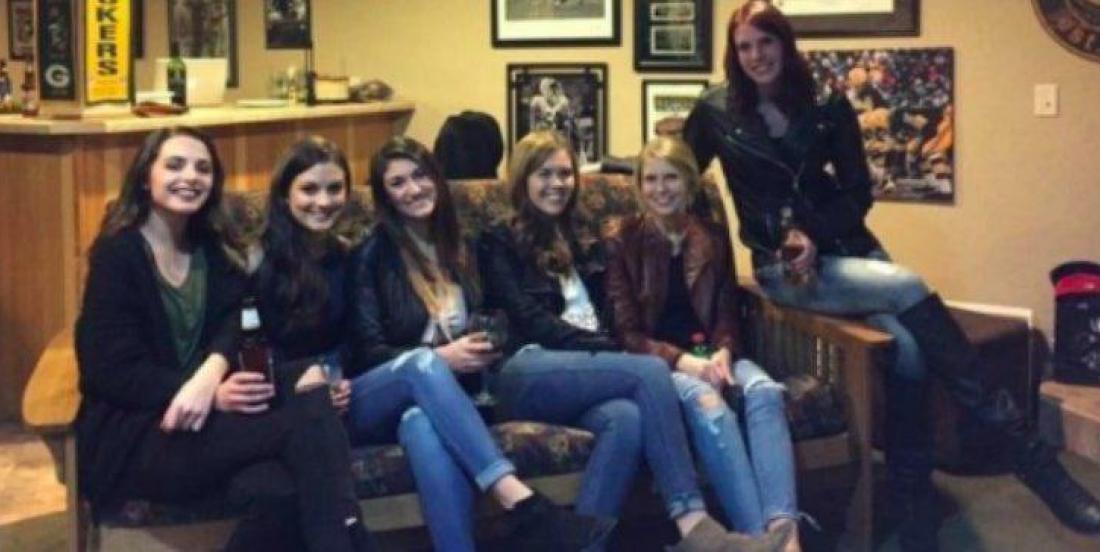 Arrivez-vous à trouver les jambes de toutes les filles sur cette photo?
