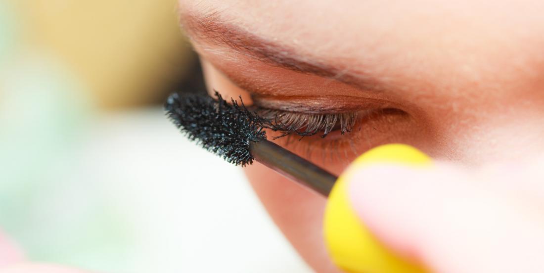 Comment utiliser votre maquillage sans vous abîmer les yeux
