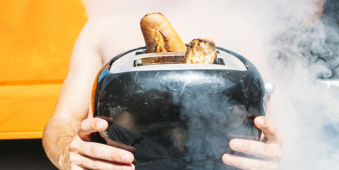 Nettoyez rapidement votre grille-pain avec cette astuce géniale!