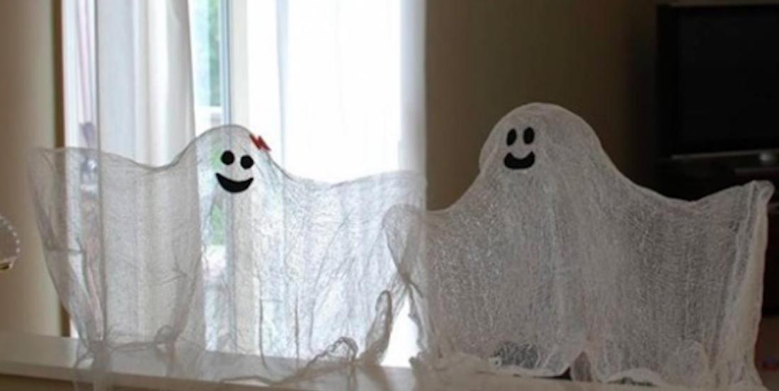 2 décorations mettant en vedette les fantômes à faire avec les enfants pour Halloween